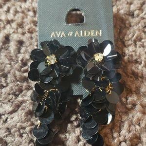Black Ava & Aiden Sequined Earrings
